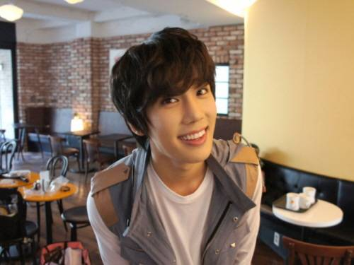 20110324_parkjungmin_sweetchic_1
